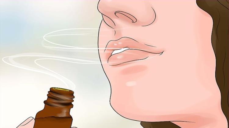 Μάθετε τι Συμβαίνει στους Πνεύμονές σας όταν Εισπνέετε Αιθέρια Έλαια